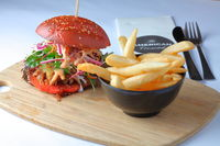 Louisianna Burger – pulled shoulder of pork,  slaw, cheese and chipotle  -